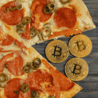 Bitcoin pizza guy spend 800 Million Dollars for two pizzas